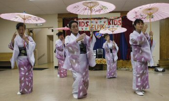 バッファロー日本人会 踊りの会